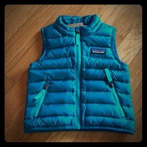 NWT Patagonia infant teal vest